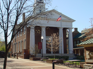 Frederick County courthouse in Winchester